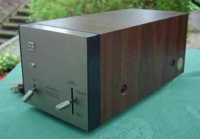 Pioneer Vintage QD-210 SQ Decoder Quadraphonic in Walnuss Zarge