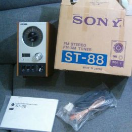 Sony ST-88 in box
