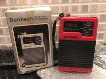 BENKSON MW POCKET RADIO RED TR14